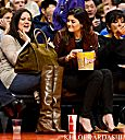 Khloe Kardashian Fansite thumb_156994042 (PHOTOS) Khloe Kardashian Odom attend a game between the New Orleans Hornets and Los Angeles Clippers