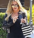 Khloé leaving the Forum in Inglewood
