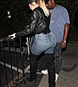 Khloe Kardashian 1 OAK nightclub