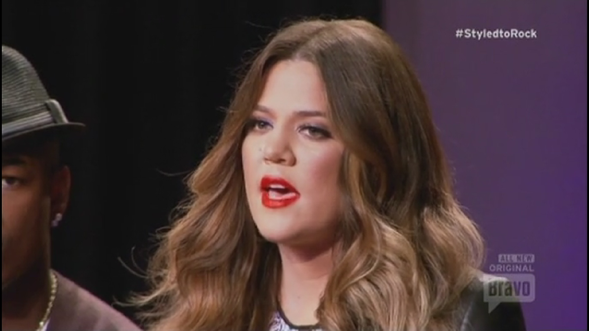(VIDEO) Khloe Kardashian in Styled to Rock