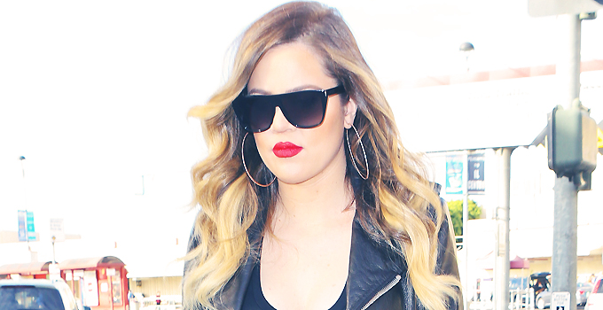 25 January – Khloe Kardashian arrives at the airport