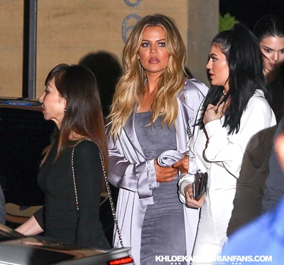 (PHOTOS) August 08, 2015: Khloe leaving the Nobu restaurant