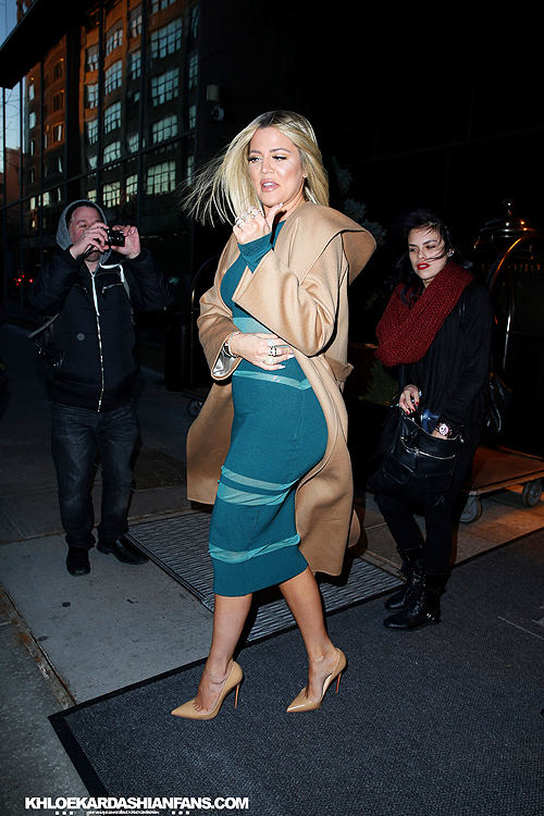 (PHOTOS) January 13,2015: Khloe leaving the Trump Soho Hotel