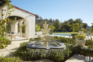 A Moroccan-style fountain punctuates the grounds at Khloé's place.