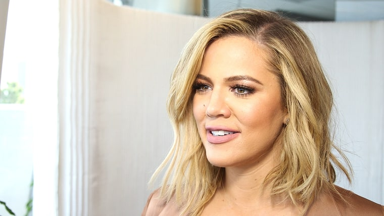 (VIDEO) Khloe Kardashian: This Is What I Eat When I'm Alone in My Hotel Room