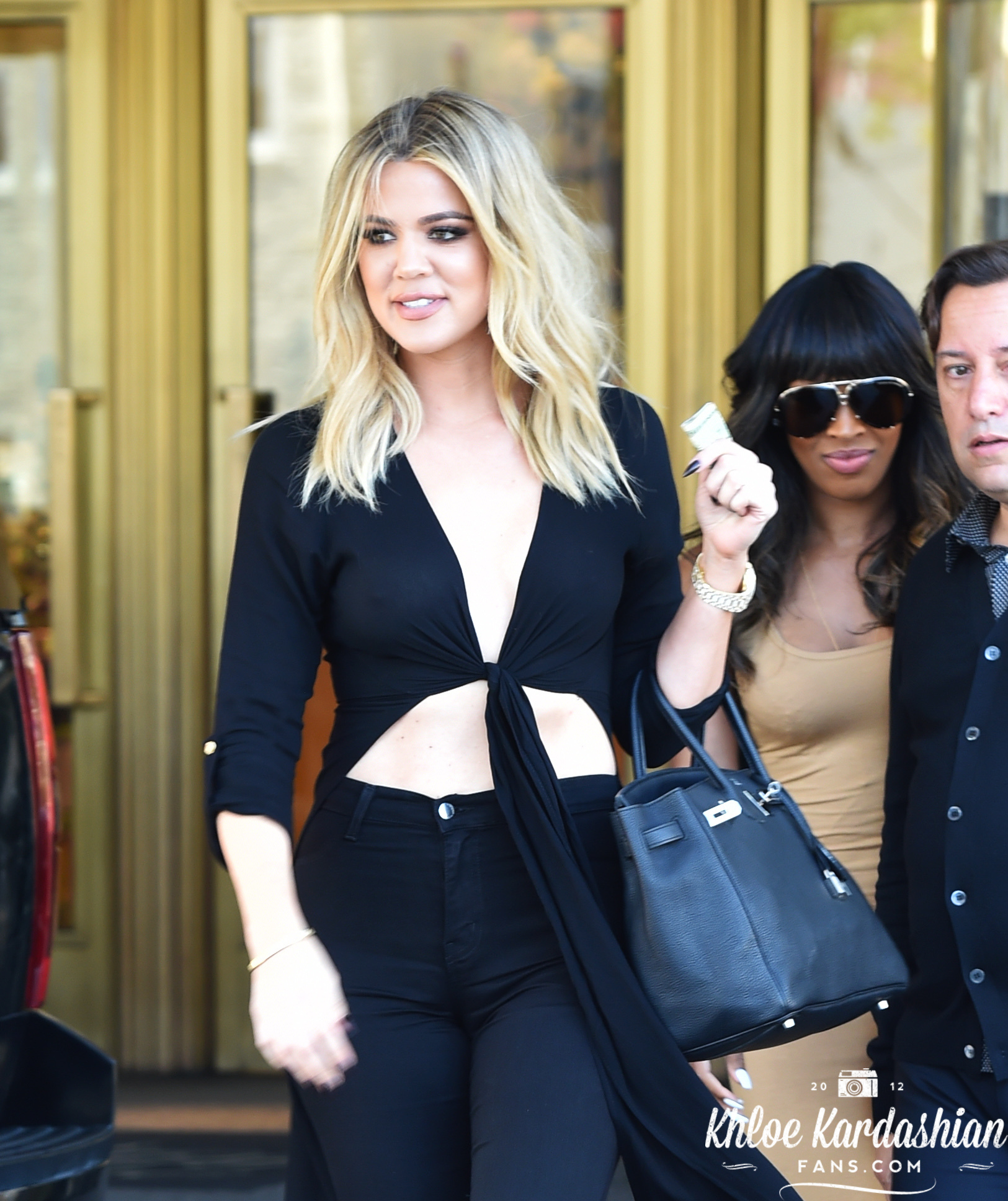 June 13: Khloe shopping at Saks Fifth Avenue in Beverly Hills