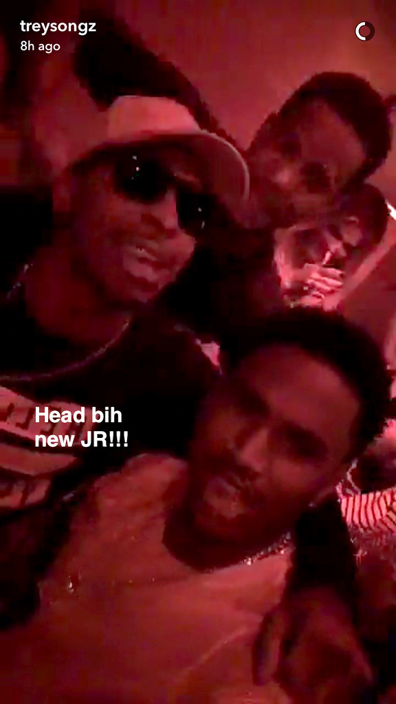 Khloe Kardashian caught kissing Trey Songz in Las Vegas club