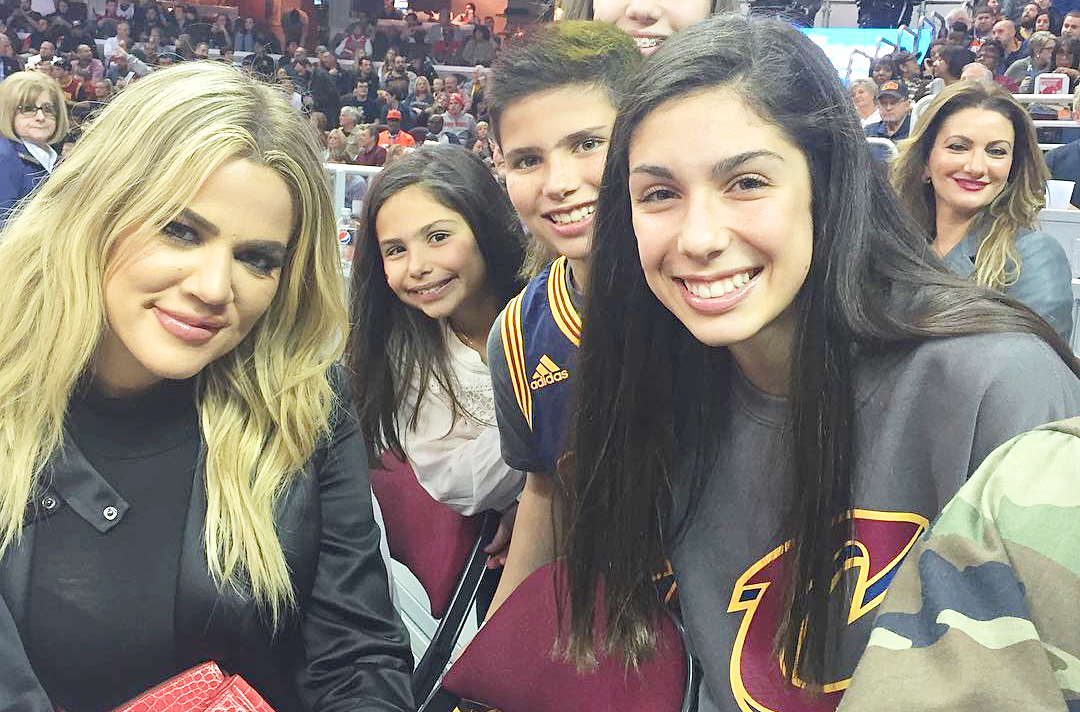 (PHOTOS) Khloe at NBA game against Portland Trail Blazers v Cleveland Cavaliers