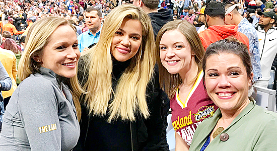 PHOTOS | March 30, 2018 – Khloe Kardashian at Cavs game in Cleveland
