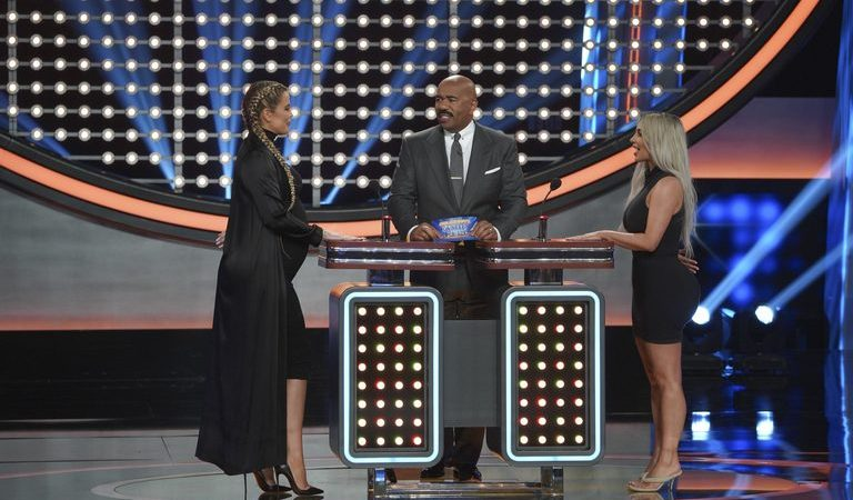 PHOTOS + VIDEO: First Look at Khloé Kardashian Episode of 'Celebrity Family Feud'