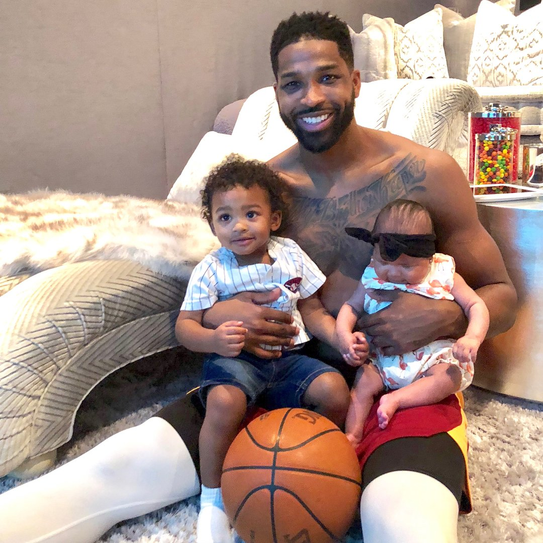 Khloe Kardashian Fansite DgUsQAnW4AUbKOD Tristan Thompson Just Shared His First Photo With Baby True and son Prince