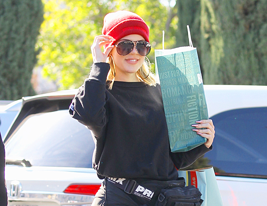 (PHOTOS) February 09, 2019: Khlo& and Malika leaving Barnes & Noble in Calabasas