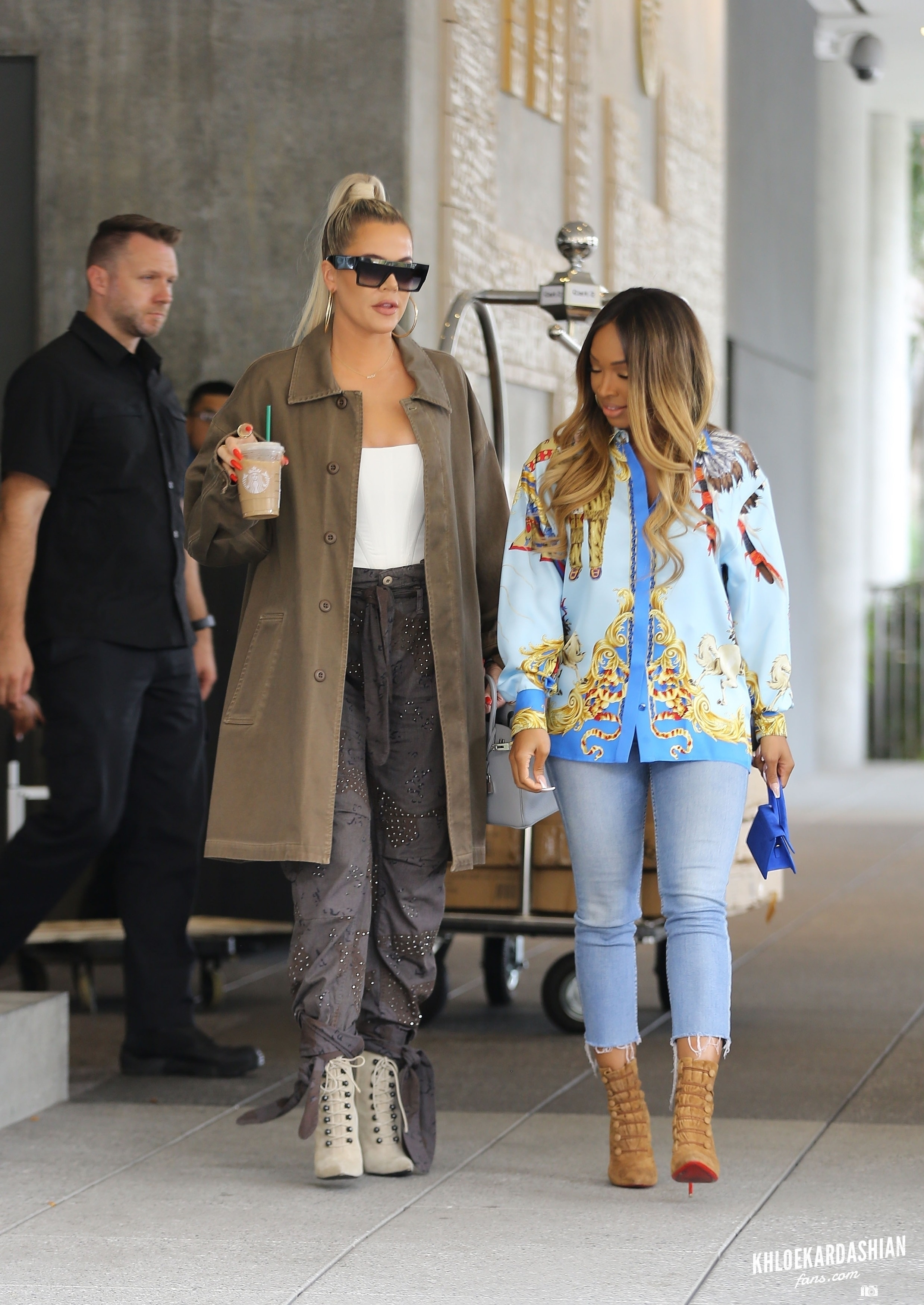 26 September: Khloé Kardashian & Malika Haqq at the Beverly Hilton Hotel