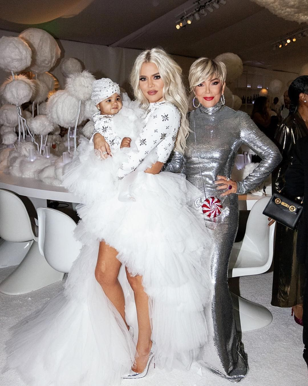 Khloe Kardashian Fansite b25ab7941750a1e7d436874a27aa5acd Khloe Kardashian says family definitely celebrating Christmas with 'smaller' party