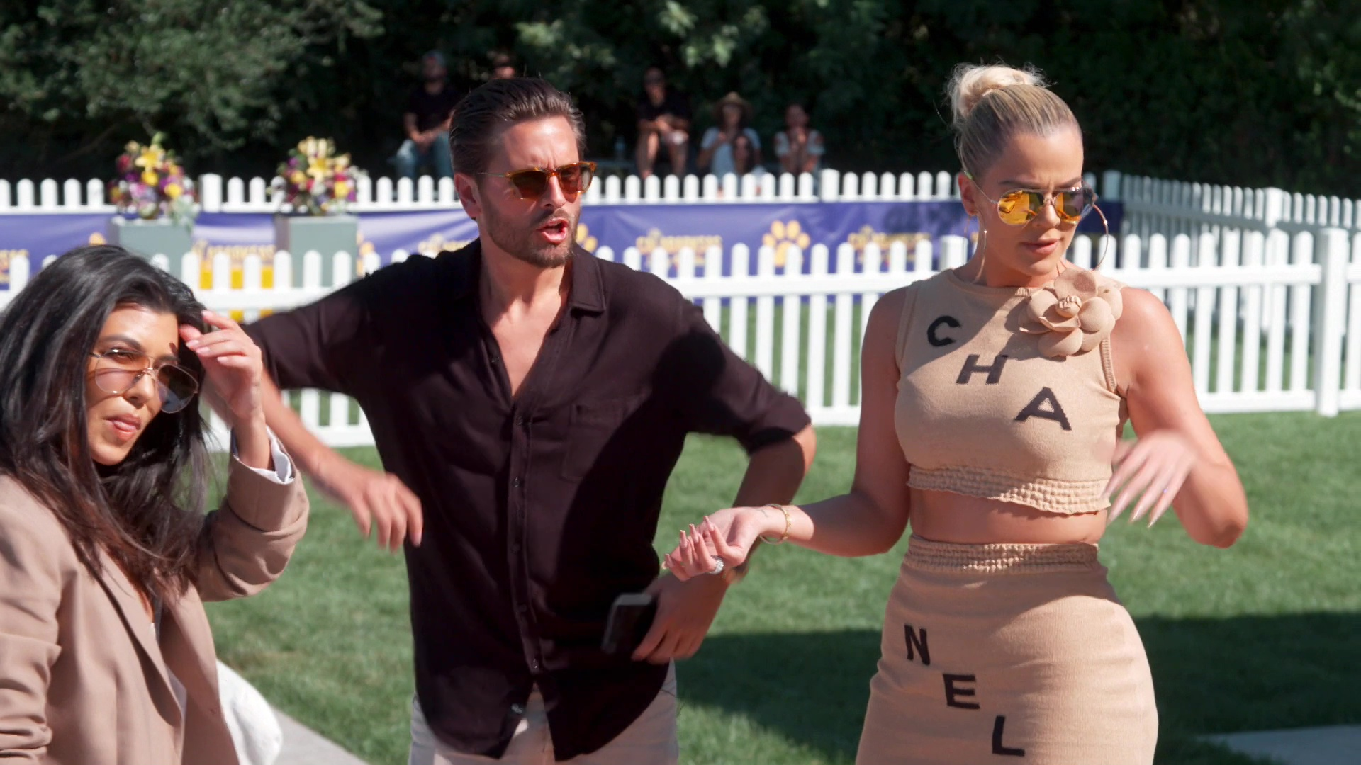 Khloe Kardashian Fansite vlcsnap-2019-10-29-19h41m34s959 Keeping Up With The Kardashians – Episode 17.07 The Ex-Factor – Video streaming, Caps & Ratings